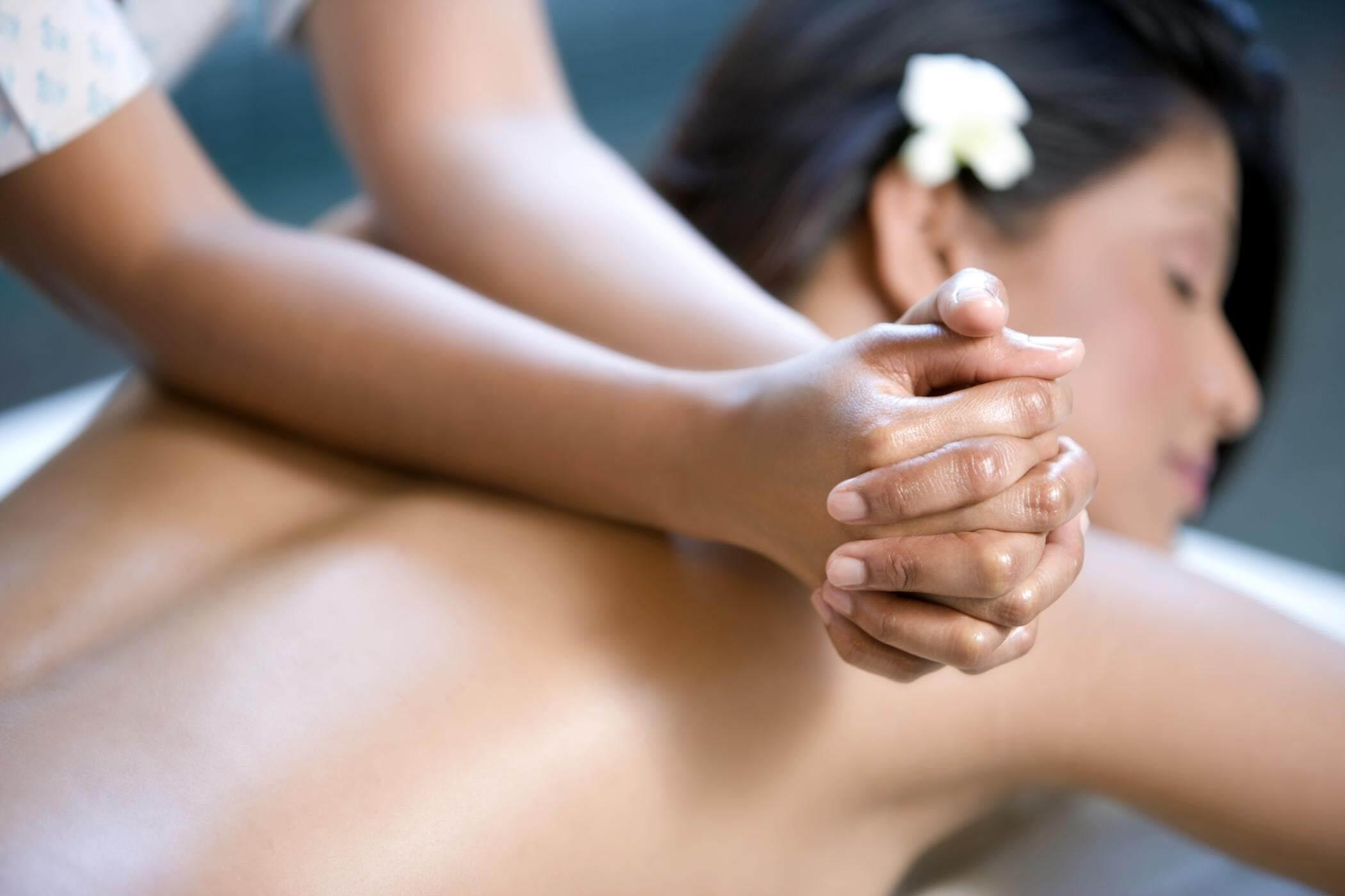 Zomerse Lomi Lomi massage