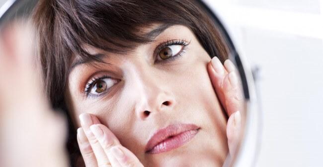 Cosmetische correcties decadent?