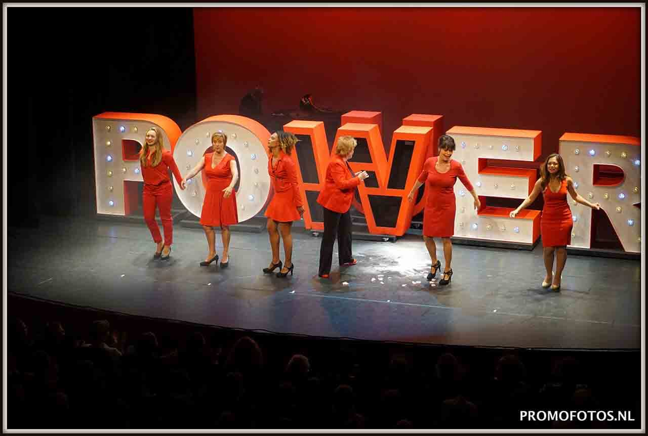 Succesvolle Ladiesnight in Posthuis Theater