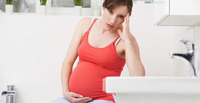 Joepie, zwanger! Blèh, misselijk!