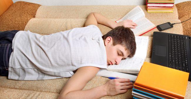 Is jouw puber ook zo moe?