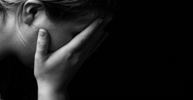 Hoe negatieve emoties klachten kunnen veroorzaken