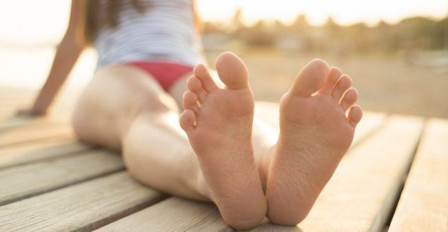 Zo kom je met mooie voeten de zomer door