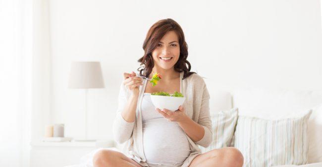 Zwanger? Het maakt écht uit wat je eet