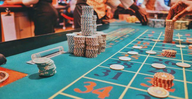 Dresscodes in casino's: waar vind je ze nog en hoe houd je je hier aan?