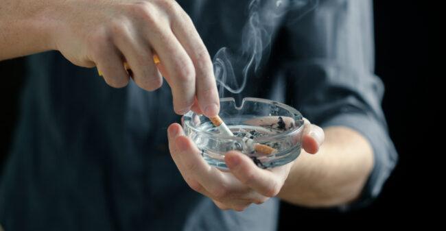 Stoppen met roken begint onbewust